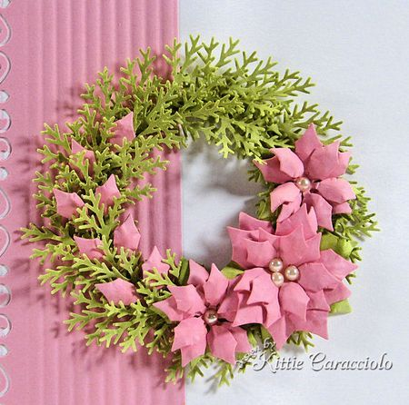 KC Spellbinder Poinsettia Wreath 1 close