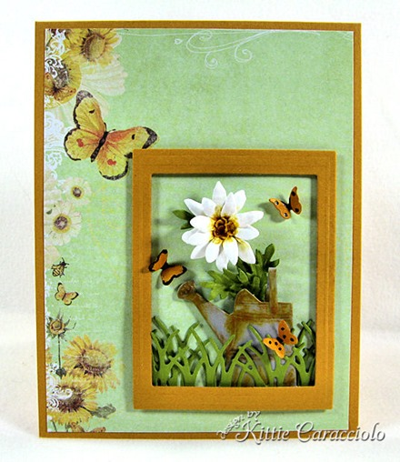 KC Sizzix Flower Mini Daisy 1 center